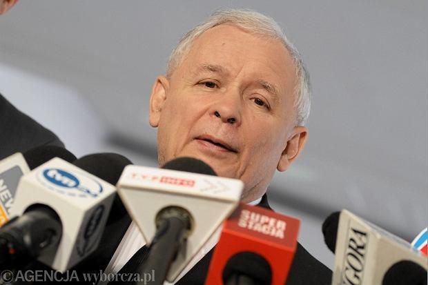 Jarosław Kaczyński poszedł w rzepak