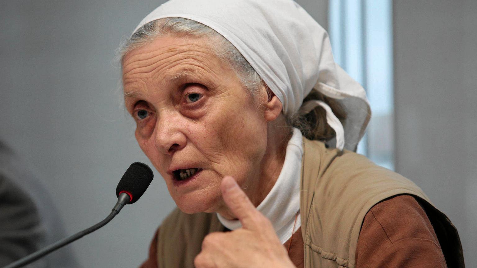 Siostra Chmielewska do Owsiaka: Weź głęboki oddech i nie rezygnuj. To nie jest wina Orkiestry