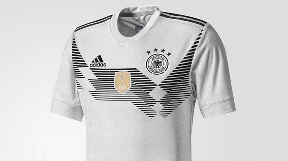 6ae35655c Zdjęcie numer 4 w galerii - MŚ 2018. Tak będą wyglądać koszulki  reprezentacji Polski?
