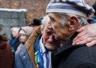 70. rocznica wyzwolenia Auschwitz: kwiaty pod �cian� �mierci, msza �w., kadisz