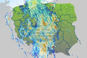Uwaga na burze! Ostrzeżenia meteo dla prawie całego kraju, możliwe ulewy