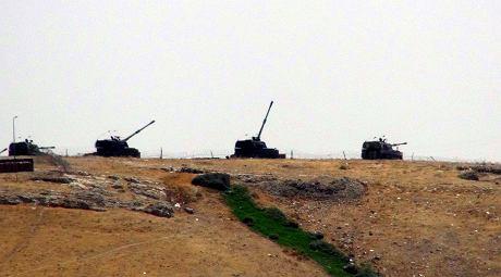 Tureckie czo�gi przekroczy�y granic� z Syri�. To precedens