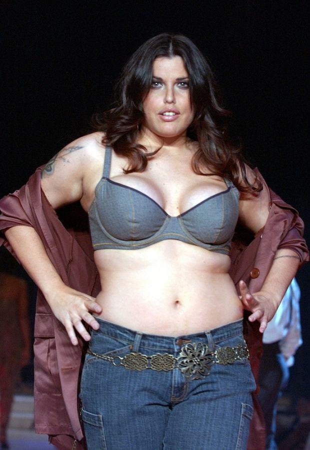 PHOTO: EAST NEWS/SPLASH MIA TYLER at Lane Bryant's Spring 2003 Intimate Apparel Fashion Show