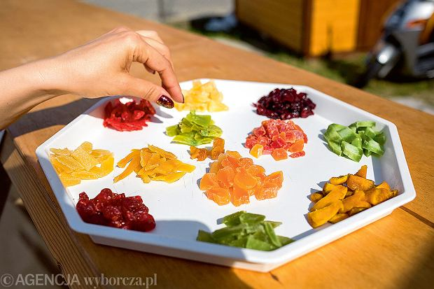 Smakołyki z lokalnego targu wHéviz: kandyzowane owoce.