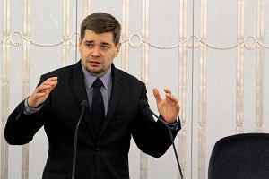 Królikowski ogłosił swoją dymisję. Koniec współpracy z Grabarczykiem