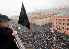 """""""Czarny protest"""" trwa. Przyłączyło się już 50 miast. Kobiety znów wyjdą na ulice"""