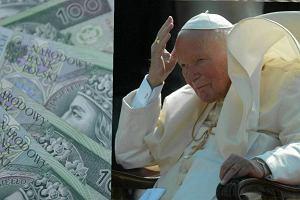 Oferowali drogie garnki albo maty termiczne, których miał używać Jan Paweł II. Teraz posypały się srogie kary