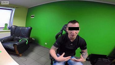 Szymon K., 33-latek ze Środy Wielkopolskiej, występuje w internecie pod ksywą 'IsAmUxPompa'