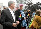 Prezydent z PO zaskoczy� konserwatywny Pozna�: chce �wieckiej szko�y i poszed� w Marszu R�wno�ci