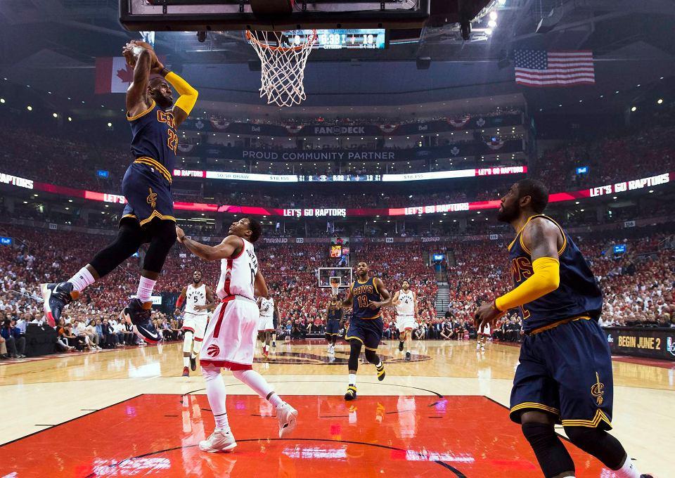 b24382b0ebab NBA. Czy LeBron James zatrzyma mistrzów