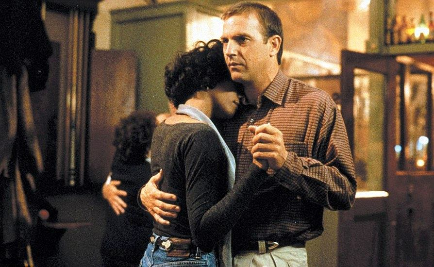 Whitney Houston i Kevin Costner, kadr z filmu