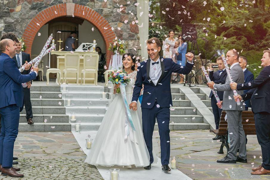 śluby W Plenerze W Modzie Gdzie Pobierają Się Bydgoszczanie