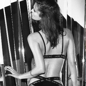 Firma �ódzkiej studentki robi tak seksown� bielizn�, �e pokocha�a j� Kylie Jenner