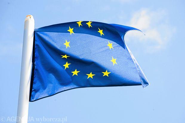8 grudnia. Projekt pracownika poczty stał się flagą europejską [KALENDARIUM]