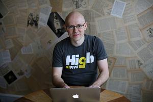 Znany bloger zarobił na jednym wpisie 69 tys. zł w osiem dni. Oto, jak tego dokonał