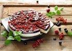 Biszkoptowe ciasto z owocami - Zdjęcia