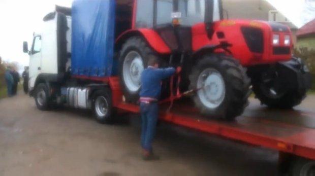 Rolnik spod Mławy odzyskał pieniądze za ciągnik. Teraz będzie walczył o odszkodowanie