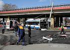 Gdynia: 1 osoba nie �yje, 11 rannych po zderzeniu tira z trolejbusem