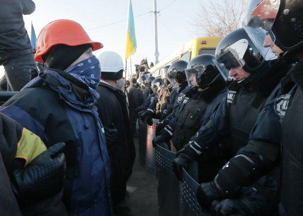 Opozycja blokuje rezydencję prezydenta Ukrainy i domy najważniejszych polityków
