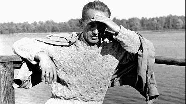 Kazimierz Moczarski podczas rekonwalescencji po zwolnieniu z więzienia, wiosna 1956.