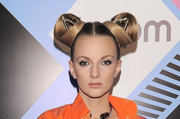 Sarsa to bez wątpienia jedno z największych muzycznych objawień tego roku. Choć jej hity nie wszystkim się podobają, grono fanów piosenkarki wciąż rośnie. Jak poradziła sobie na gali MTV EMA?