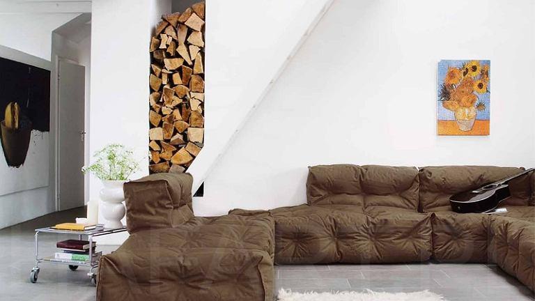 Wyjątkowo miękka i nieduża sofa Couch II. Jeśli złączymy kilka ze sobą powstanie duży wygodny mebel dla całej rodziny, Sitting Bull. Di kupienia w sklepie Hafart, www.hafart.pl