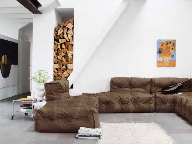 Wyj�tkowo mi�kka i niedu�a sofa Couch II. Je�li z��czymy kilka ze sob� powstanie du�y wygodny mebel dla ca�ej rodziny, Sitting Bull. Di kupienia w sklepie Hafart, www.hafart.pl