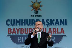 Kryzys walutowy w Turcji uderza w złotego. Frank i dolar najdroższe od ponad roku