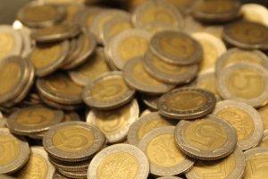 W jakich bran�ach Polacy zarabiaj� najwi�cej? Oto lista