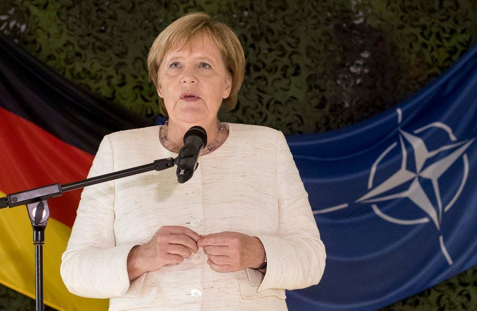 W piątek w Wilnie kanclerz Niemiec wzięła w obronę gazociąg Nord Stream 2.wzięła się