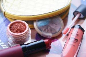 Top 10: najlepsze kosmetyki za mniej niż 20 złotych (część 2)