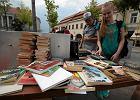 Wielka wymiana książek na Rynku. Najpopularniejsze romanse i kryminały [ZDJĘCIA]