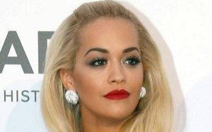 Rita Ora i Beyonce w takiej samej kreacji. Przypadek? Nie s�dzimy ;) Kt�ra lepiej?