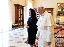 B�dziemy mie� pa�stwo bardziej papieskie od papiestwa. A nawet papie�... [OG�REK]