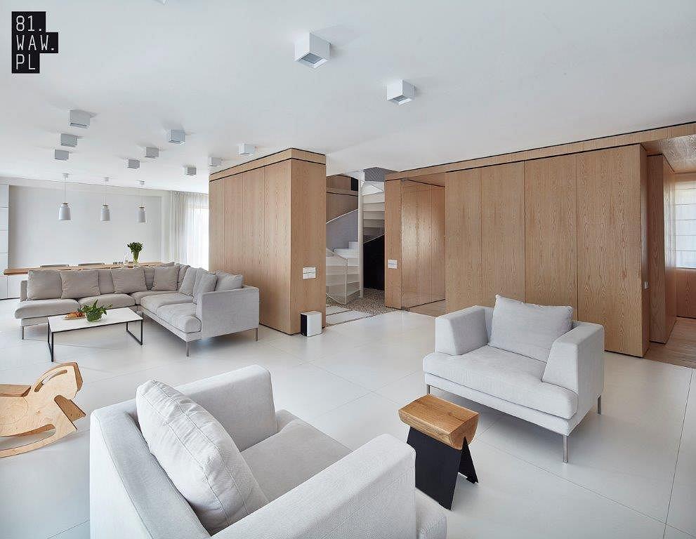 Nowoczesna Aranżacja Domu W Bieli I Drewnie