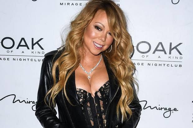 Podobno mamy tyle lat na ile się czujemy. Mariah Carey mentalnie ma 20, w rzeczywistości - 46. A na ile wygląda? Oceńcie sami.