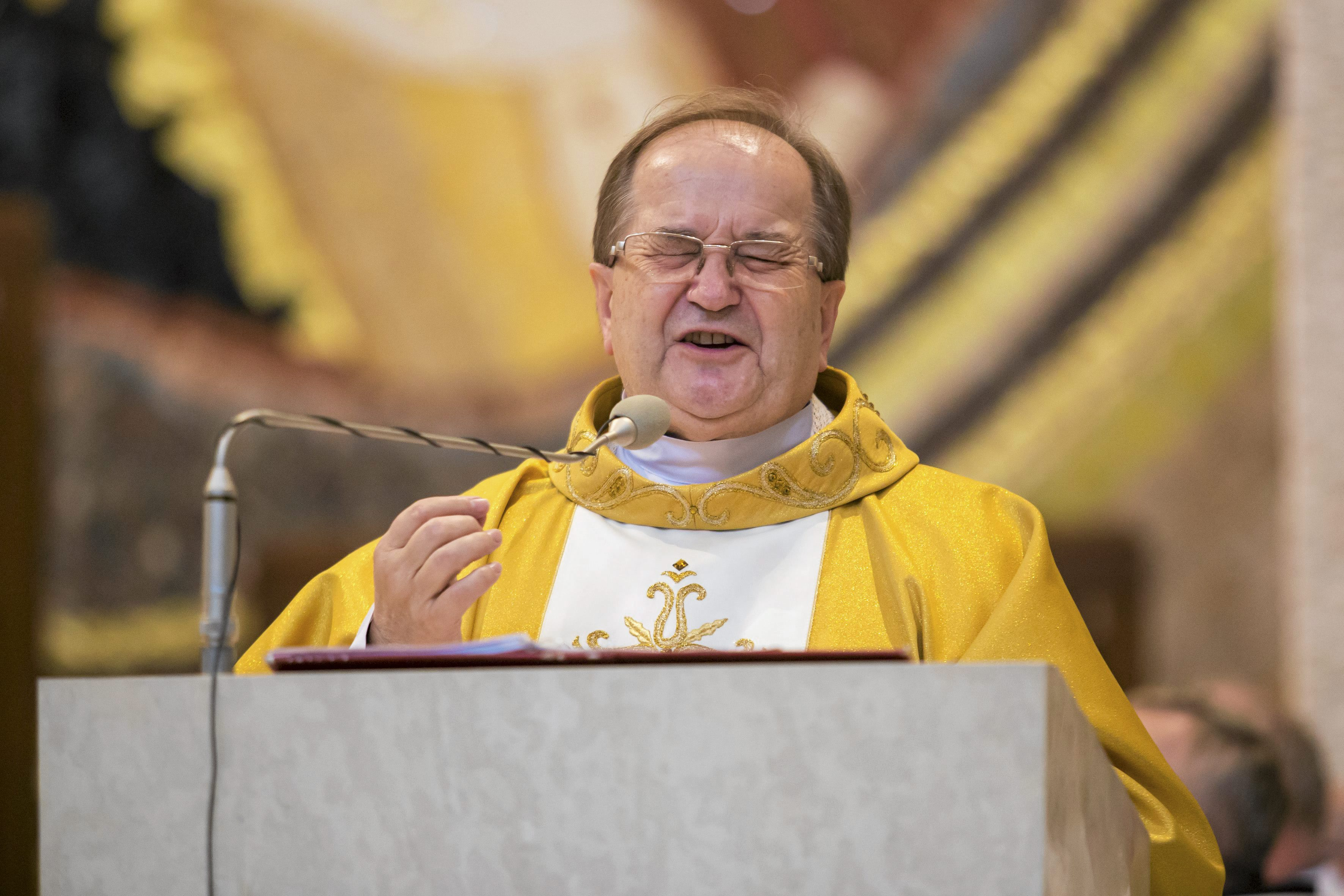 Ojciec Tadeusz Rydzyk w Sanktuarium Świętego Jana Pawła II (fot. Michal Łepecki / Agencja Gazeta)