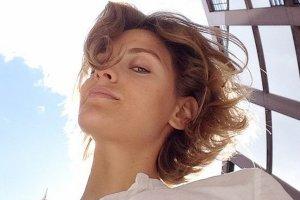 Renata Kaczoruk pokaza�a selfie bez makija�u. Zapomnia�a doda�, �e r�wnie� BEZ STANIKA