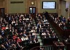 Plan przejęcia sądów przez PiS opóźniony. Projekty ustaw o KRS i sądach powszechnych zdjęte z bloku głosowań