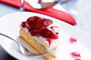 Ciasto z truskawkami. 11 doskona�ych przepis�w na lato