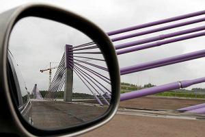 Milionowe oszustwa podatkowe przy budowach autostrad A1 i A2. 11 os�b oskar�onych
