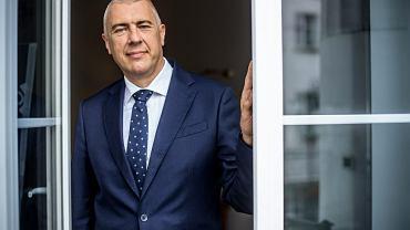 Roman Giertych: Platforma przegrała, bo nie odpowiedziała na aspiracje narodowe Polaków. Mogą być one negatywne i pozytywne. Negatywne to nacjonalizm. Pozytywne to dążenie do wzrostu znaczenia kraju poprzez relacje ekonomiczne