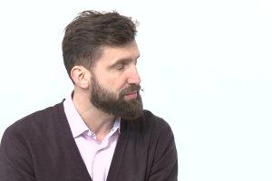 """Temat dnia """"Gazety Wyborczej"""": Kamil D�browa: """"Zaniechania i zaniedbania w mediach publicznych trwaj� od 26 lat"""""""