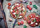 Placki ziemniaczane z kozim serem, suszoną wędliną i karmelizowanymi pomidorkami - lepsza wersja pizzy