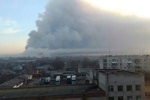 Gigantyczny pożar składów amunicji na Ukrainie ugaszony. Ranne dwie osoby