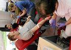 Kielce. Studenci Politechniki Świętokrzyskiej oddają krew, by zapisać się do bazy dawców szpiku