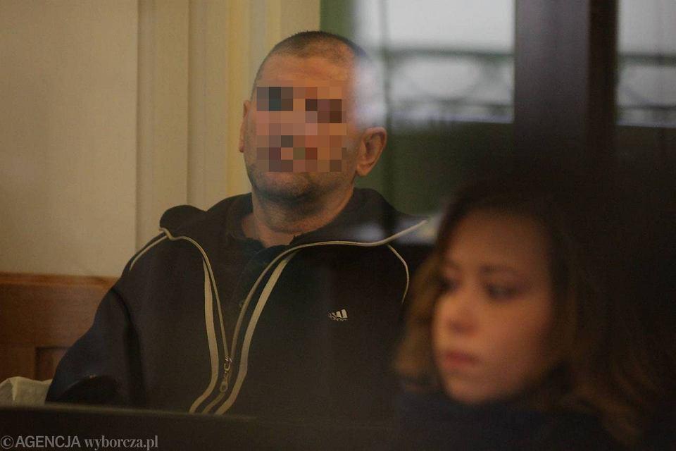 Tadeusz G. podczas ogłoszenia wyroku za potrójne zabójstwo w Cedzynie.