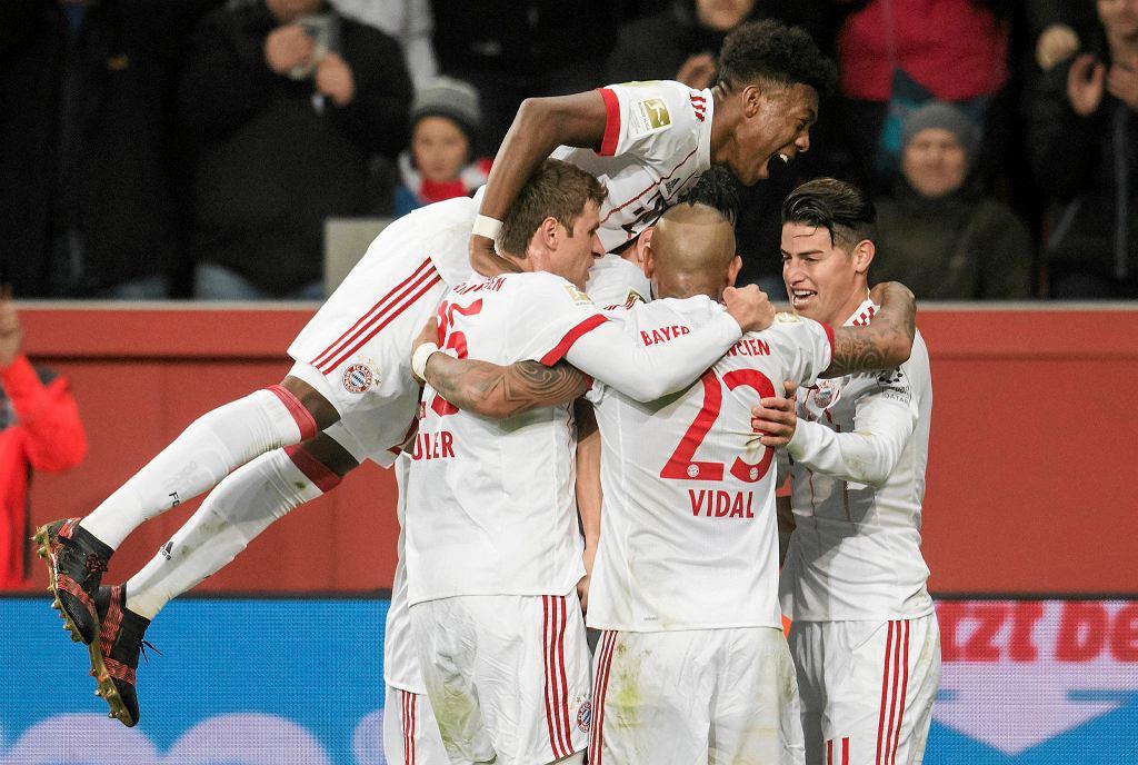 Zdjęcie numer 1 w galerii - Bundesliga. Bayern pokonał Bayer. Lewandowski poza składem