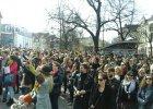 """Akcja protestacyjna w Sopocie. """"Nie masz macicy, to się nie odzywaj"""""""