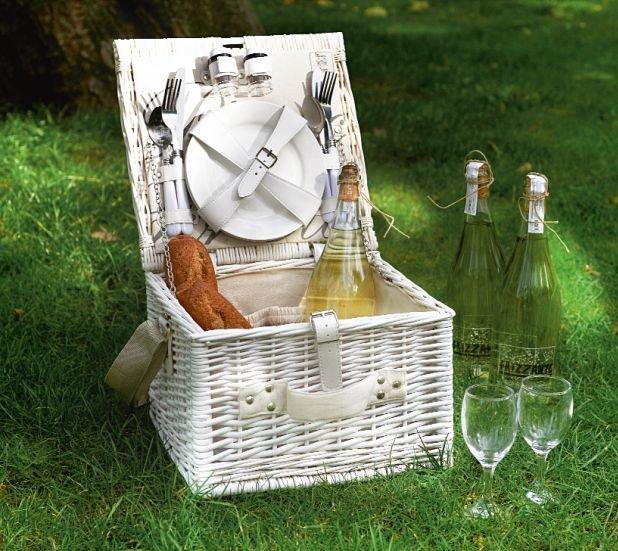 Rattanowy kosz piknikowy z miejscem na talerze, sztu�ce, kieliszki i zestaw s�l i pieprz, 439 z�, Riviera Maison, HOUSE&more, houseandmore.pl